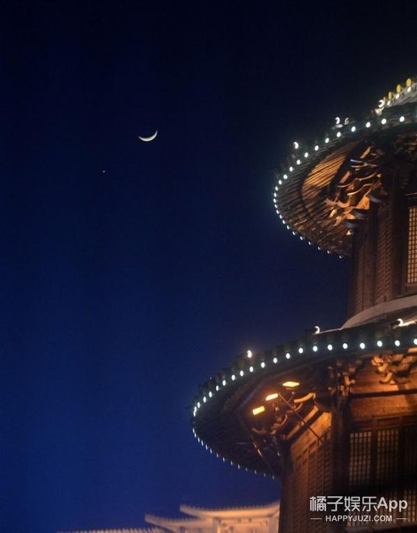 新年天象| 这几天从世界不同角度看到的金星合月