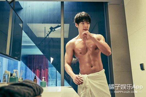 【肉体饭】别问我为什么迷韩国小哥哥 因为韩剧男生在用一百种方法晒肌肉