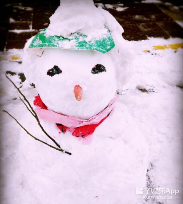 下雪啦!堆雪人大赛开始啦!
