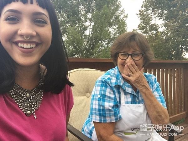 """这个奶奶每天都和孙女说""""爱你"""""""