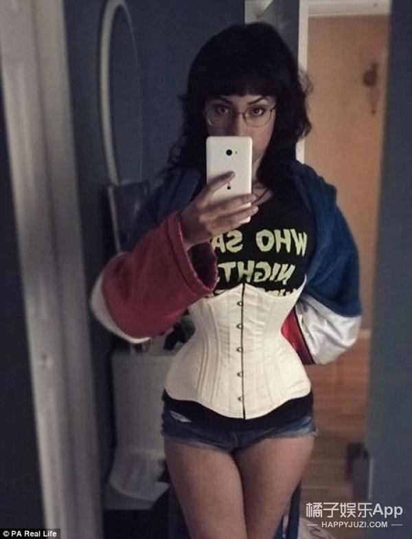 13岁开始穿束腰,妹子现在有了精灵身材