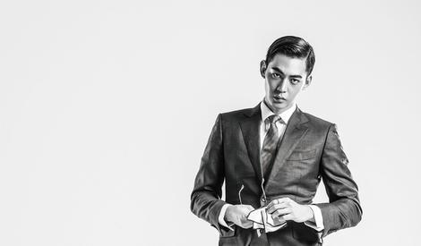唐晓天西装大片曝光 花式演绎摩登绅士