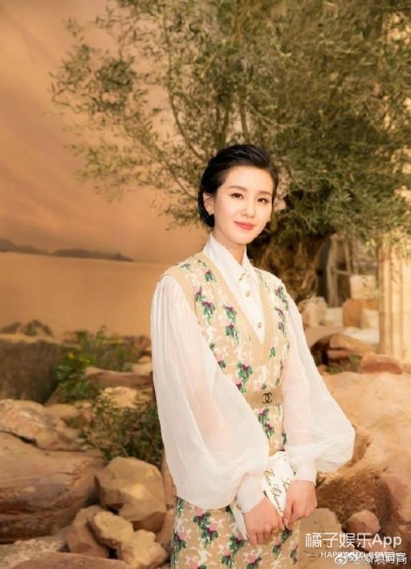 刘诗诗刘雯的香奈儿早春之旅 小清新和御姐这样妆