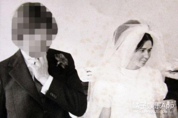 她结婚三次,作为女人嫁给男人和女人,现在变成男人娶了女人
