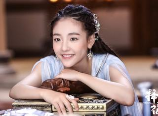 不同于角色的任性和孩子气,吴倩这个90后很成熟