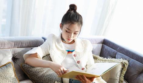 高考日林允实力演绎:我就是爱学习