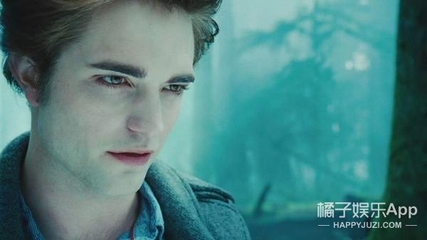 私心认为这是史上最帅的吸血鬼,不服来辩!