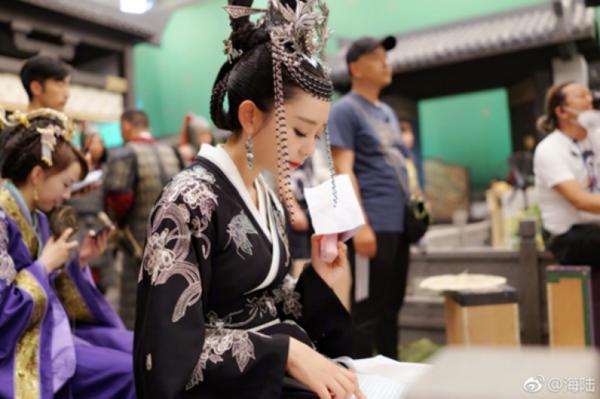 海陆摄影棚晒自拍,《独孤皇后》北周皇后造型曝光