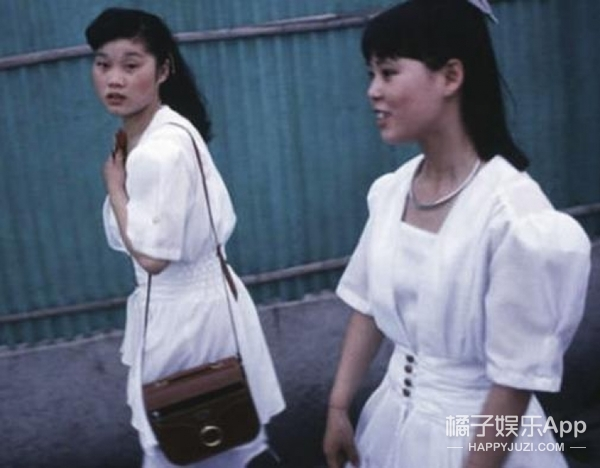 时尚回潮|贝嫂都在推的复古弹力褶皱衫,女神都爱穿!!
