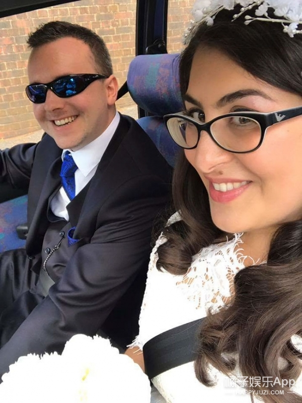 女孩发帖想找个男孩一起参加姐姐的婚礼,没想到3年后...