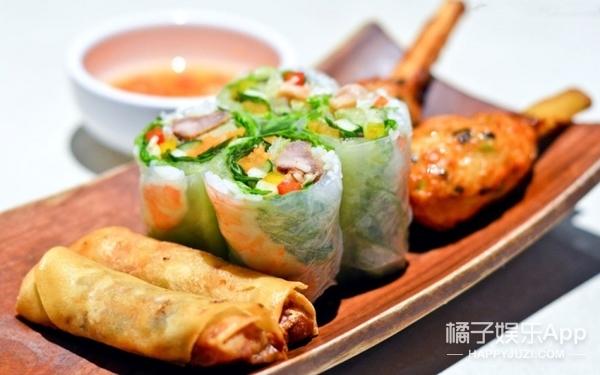 后海的东南亚小餐吧,不只菠萝饭一绝,还有只求抚摸的大蜥蜴!