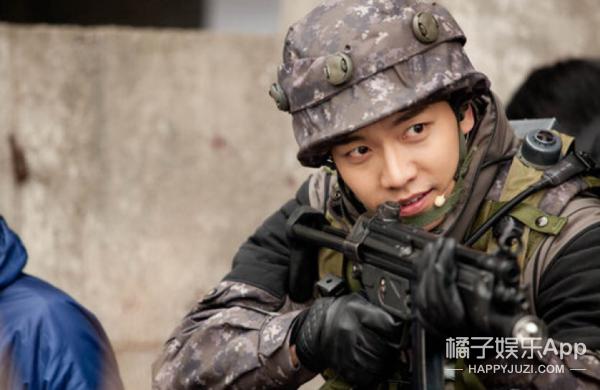 进最严部队、中队第1名结业,这个即将退伍的韩国欧巴厉害了!