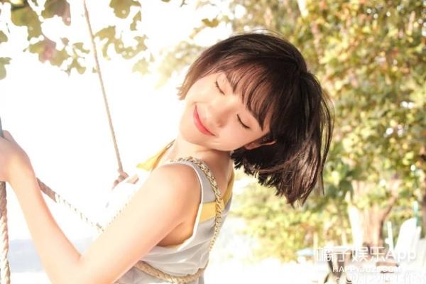 学会唐艺昕的少女系造型,说不定明天公开的就是你了