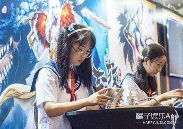 《王者荣耀》女玩家过亿占54%,你以为女生只是在玩游戏?