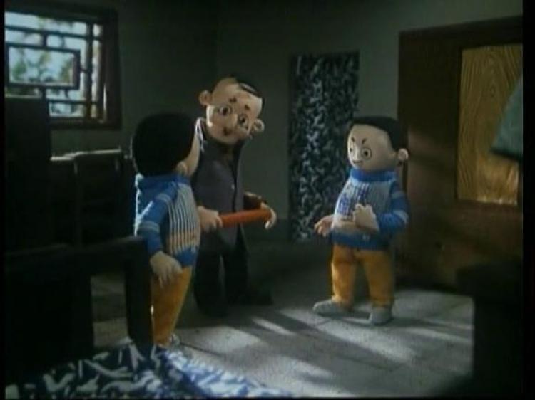 吃鸟杀蛔虫、洗照片打爸爸,这部布偶剧绝对是我的童年阴影!