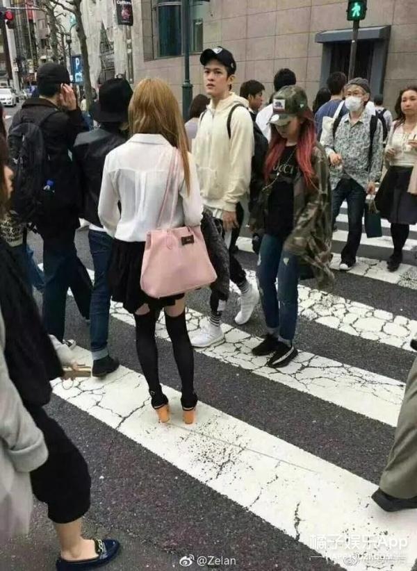 邓紫棋穿情侣装与男朋友甜蜜约会,又双叒叕撒狗粮啦!