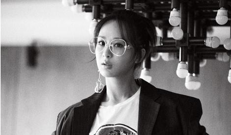 杨紫拒做甜美小妞,大玩文艺复古范儿