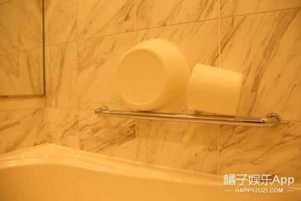 不只是摆放整齐,浴室收纳防污也很重要