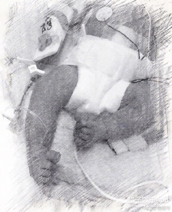 侯佩岑微博宣布已生下二胎,恭喜小宝宝今天平安出院啦!