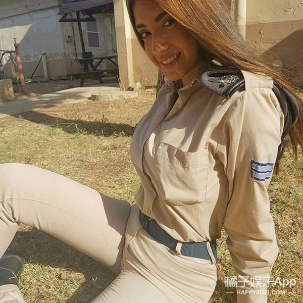 这位以色列女兵也太好看了吧,可以直接出道的那种