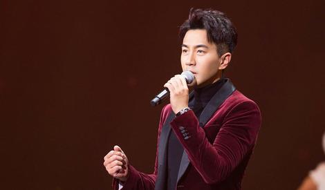 小糯米的好榜样!刘恺威为祖国生日献歌