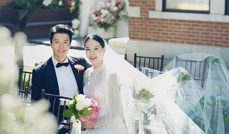 李东健赵允熙婚纱照曝光, 传统与西式结合浪漫唯美