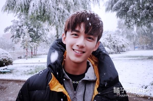 """吴磊被誉为""""国民初恋"""",来聊聊你们各自的""""初恋""""爱豆吧?"""