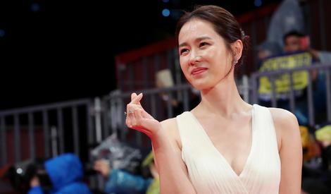 釜山电影节 | 林允儿张东健超养眼,孙艺珍送你小心心