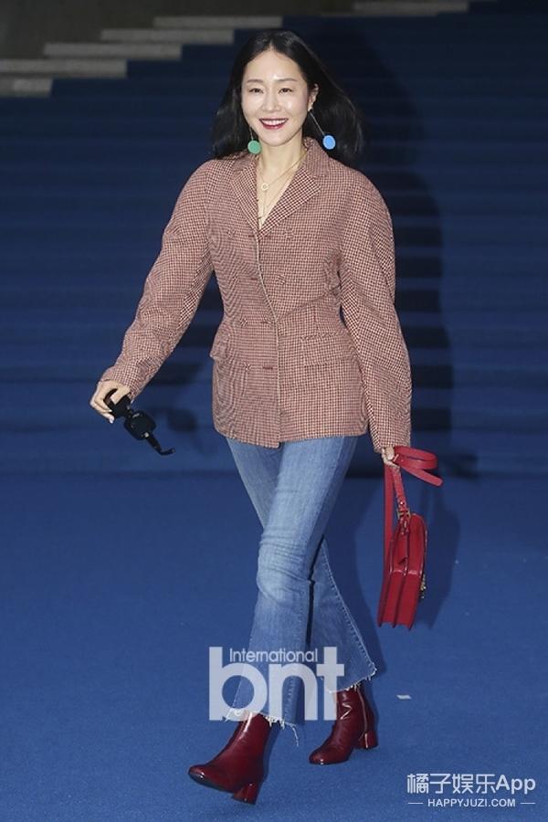看了韩国媒体镜头下的明星后,感觉粉丝又要提刀去找了!