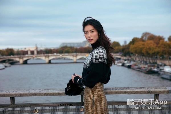 浪漫街拍变杂志大片,刘雯邂逅巴黎温柔演绎
