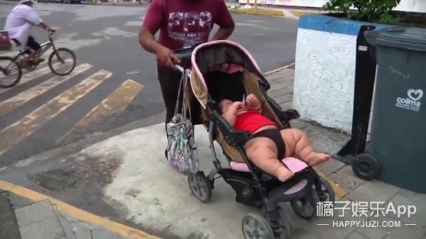 现实版巨婴,10个月重60斤,相当于9岁男孩的体重