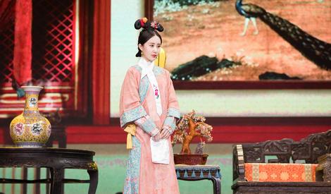章子怡亲自示范霸气皇后,抬眉眨眼都是戏