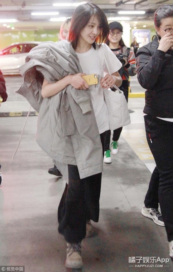 郑爽穿短袖又上热搜?其实她暖心的一面才是圈粉的最大原因吧