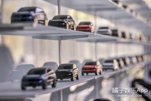 领克空间惊艳亮相,新型购车方式,详细信息只需一个模型!