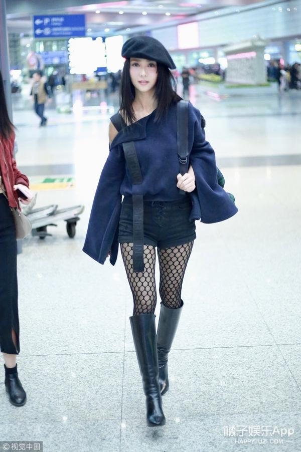 看完薛凯琪的机场look...她最近怎么了?