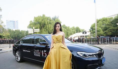 张靓颖成首位登上维秘表演的华人女歌手