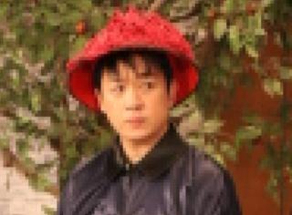 潘粵明腦洞大開:高糊朝服圖像不像付款二維碼?