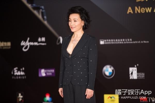 澳门电影节开幕:帕丁顿熊竟把都暻秀、杨千嬅的光彩都抢光了