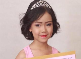 11岁小女孩竟然成了时装周化妆师,可我连眉毛都画不好