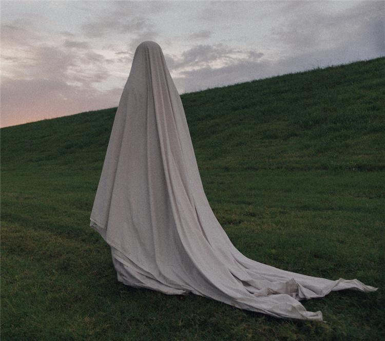 【电影神评论】人死后会变成幽灵,那幽灵死后会变成什么?