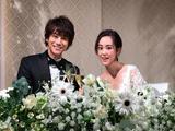 把戒指藏在饭里,日本男生最想交往的�}女星结婚了…