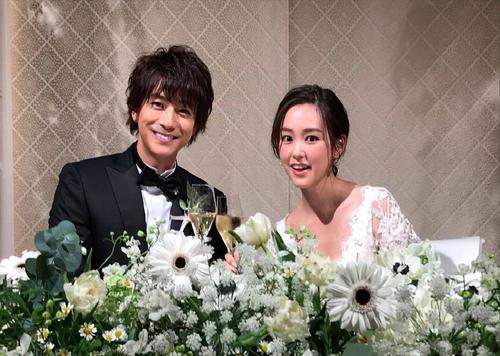 把戒指藏在饭里,日本【男生最想交往的女星结婚了…