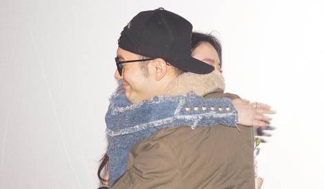 呼叫baby,晓明哥给刘亦菲站台还送拥抱了~