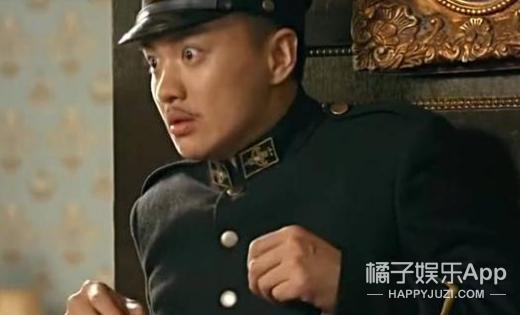 """啥情况?郭京飞向周一围""""求婚""""了?"""
