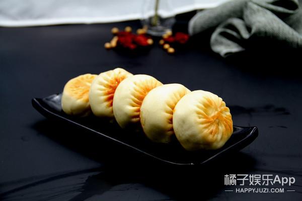 传承几十年的武汉热门早餐,馅香皮酥脆爽体验