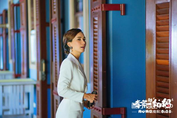 """專訪盧靖姍:我不能被娛樂圈的""""幻覺""""帶跑偏了"""
