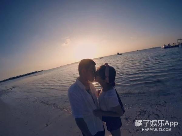 苏醒恋情曝光,和女友甜蜜打篮球,还在海边度假亲亲!