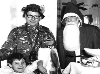 原来真的有圣诞老人,而且他一做就做了55年