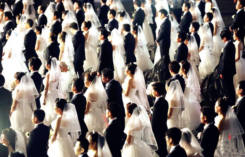 """100对""""脱北者""""在韩国举行婚礼,没有一个敢露脸的"""