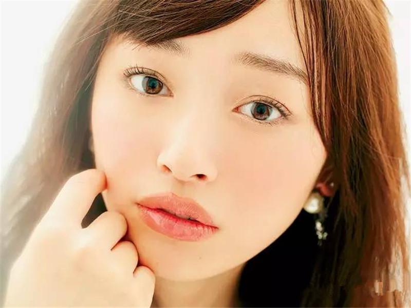 如何化日本最流行的小恶魔妆?